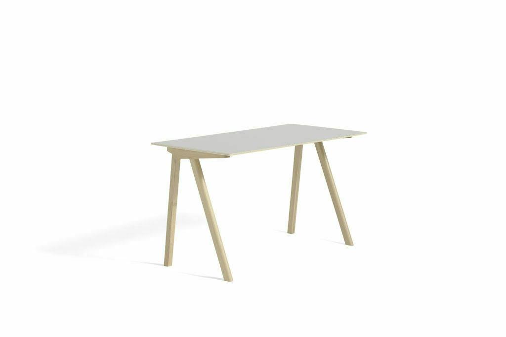 1045012039000_CPH90 Desk L130xW65_Matt lacquer oak base_Off white lino
